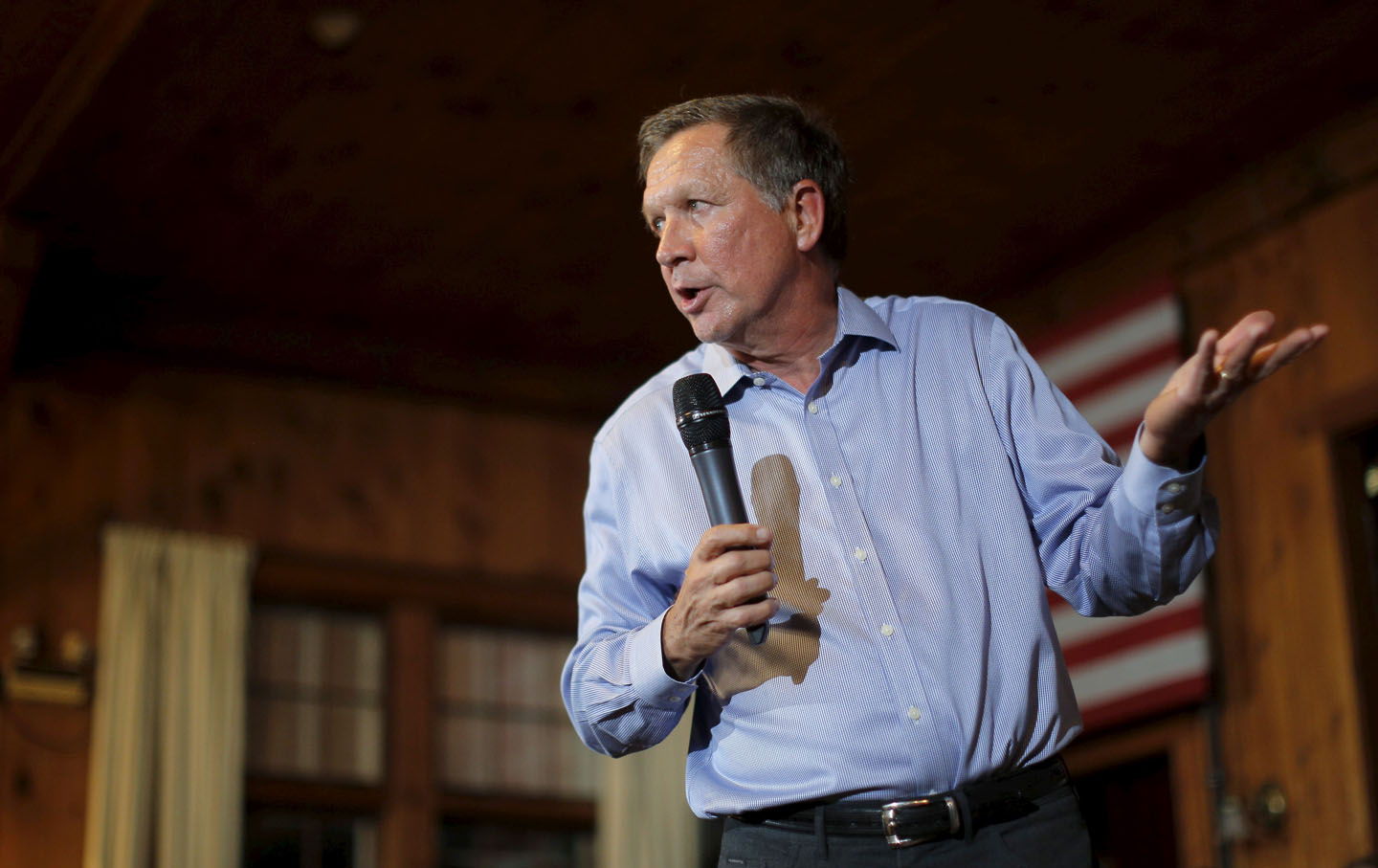 U.S. Republican presidential candidate and Ohio Governor Kasich holds a campaign town hall meeting in Peterborough