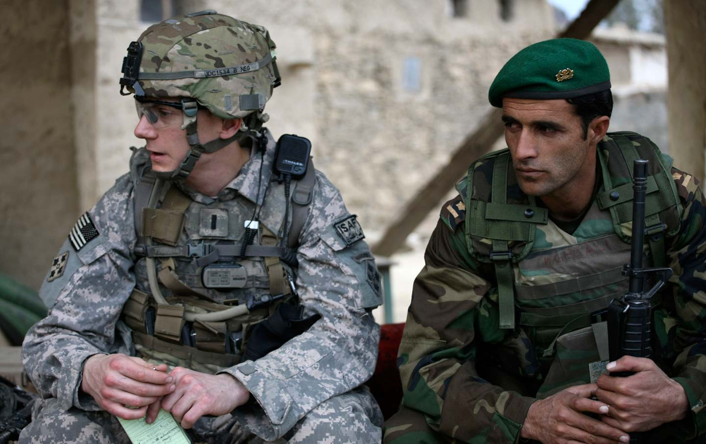 US Army platoon leader and Afghan National Army officer