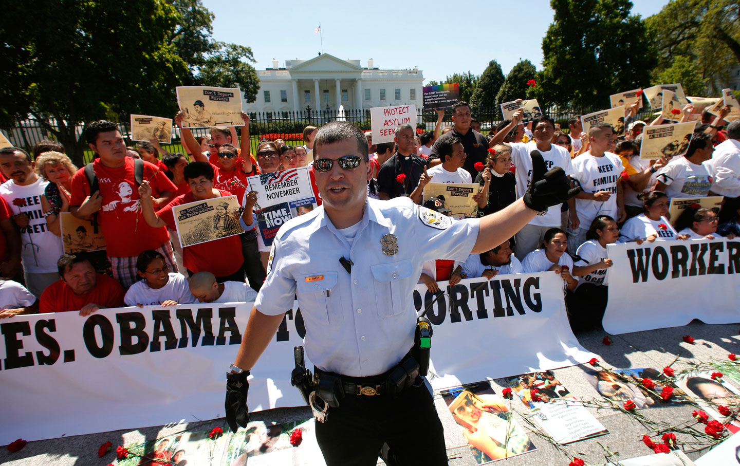 immigration_white_house_protest_rtr_img