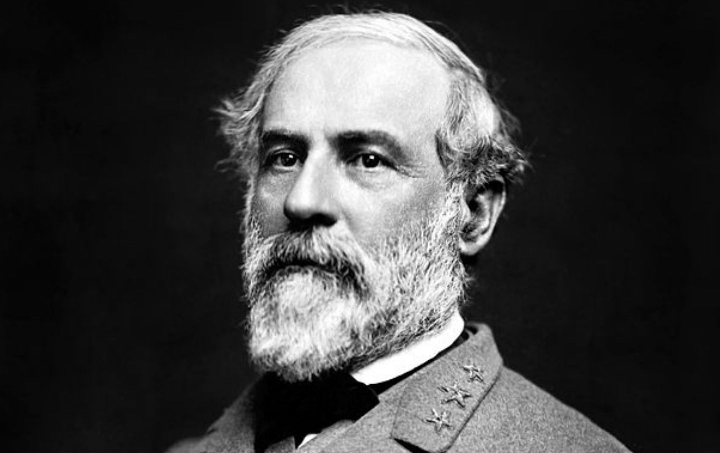 a biography of robert edward lee the first military advisor to president jefferson davis Militarycom enables the millions of americans with military affinity to access their benefits, find jobs, enjoy military discounts, and stay connected.