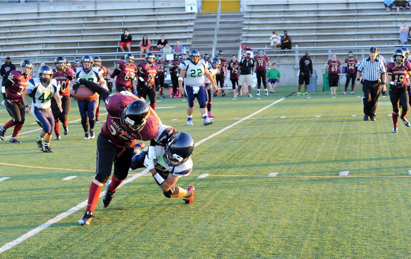 The Seattle Majestics challenge the Portland Shockwave during their undefeated 2014 season.