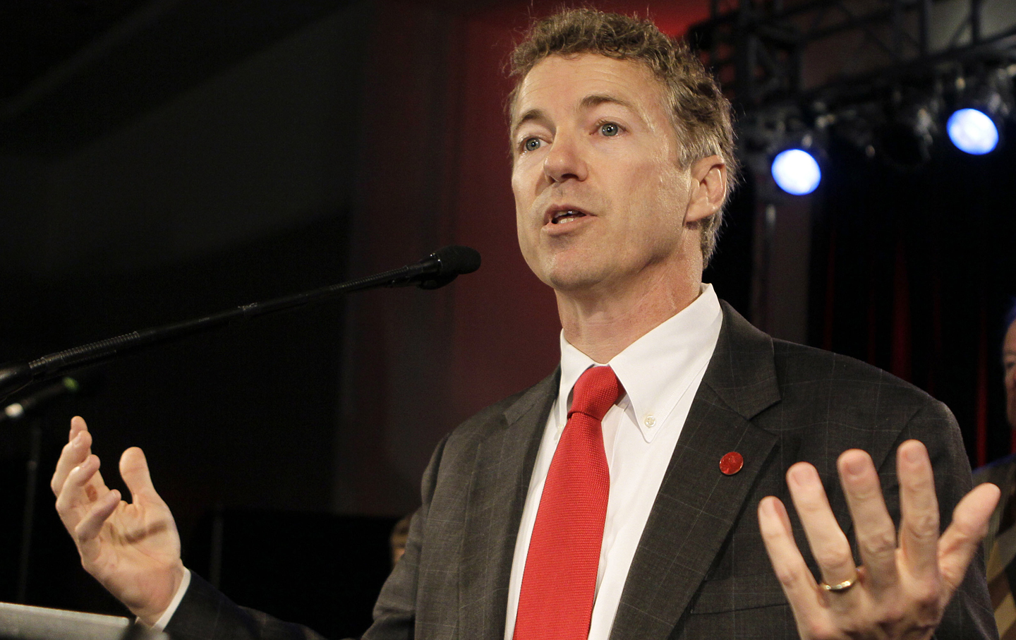Rand Paul addresses supporters in Bowling Green, Kentucky.