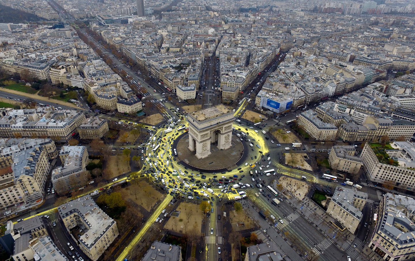 paris_climate_protest_arc_ap_img
