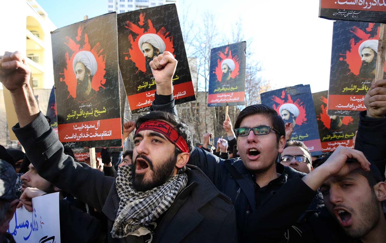 Iran_protests_saudi_embassy_ap_img