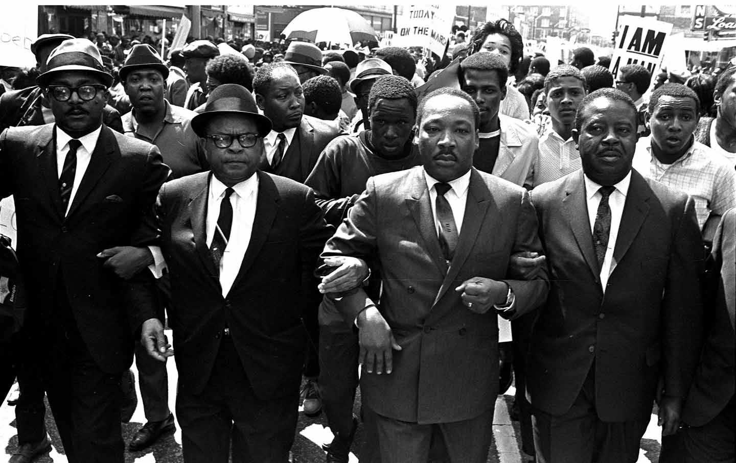 mlk_1968_marching_ap_img