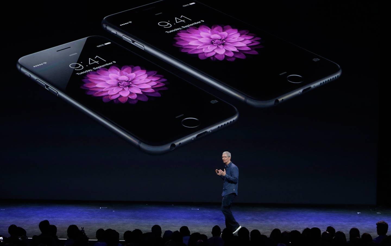 Apple_iPhone_6_Tim_Cook_ap_img