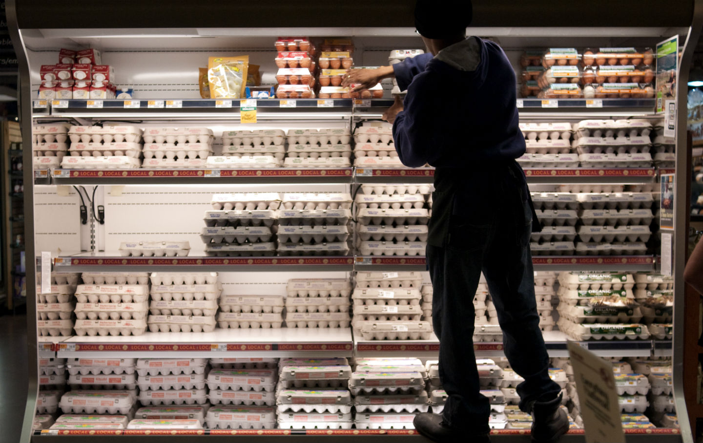 Whole_Foods_retail_worker_img