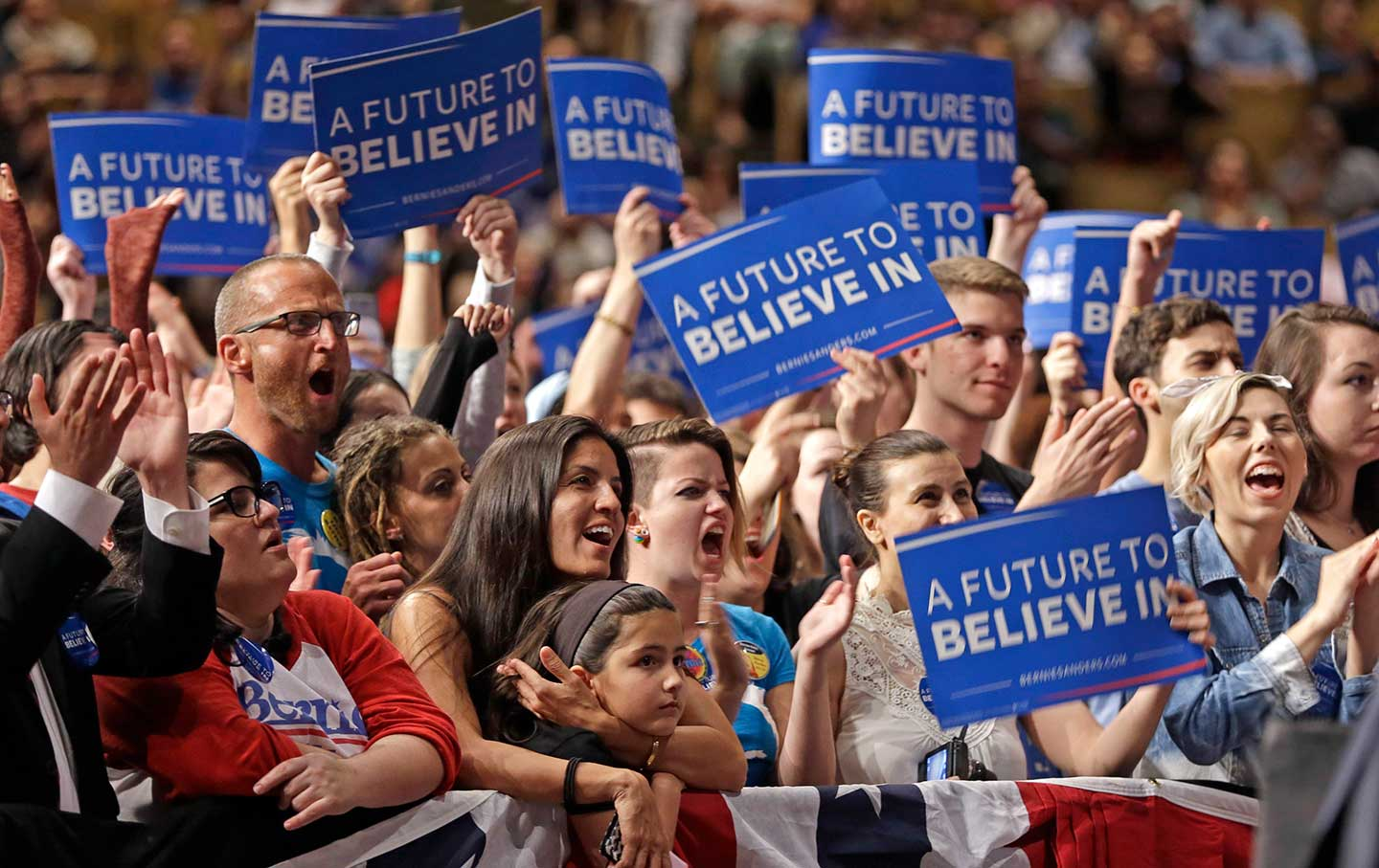 Sanders_supporters_Miami_ap_img