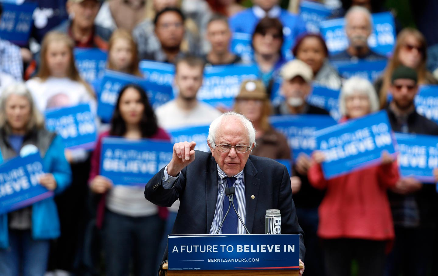 Sanders pushes for debate with Trump; Trump declines a day after accepting