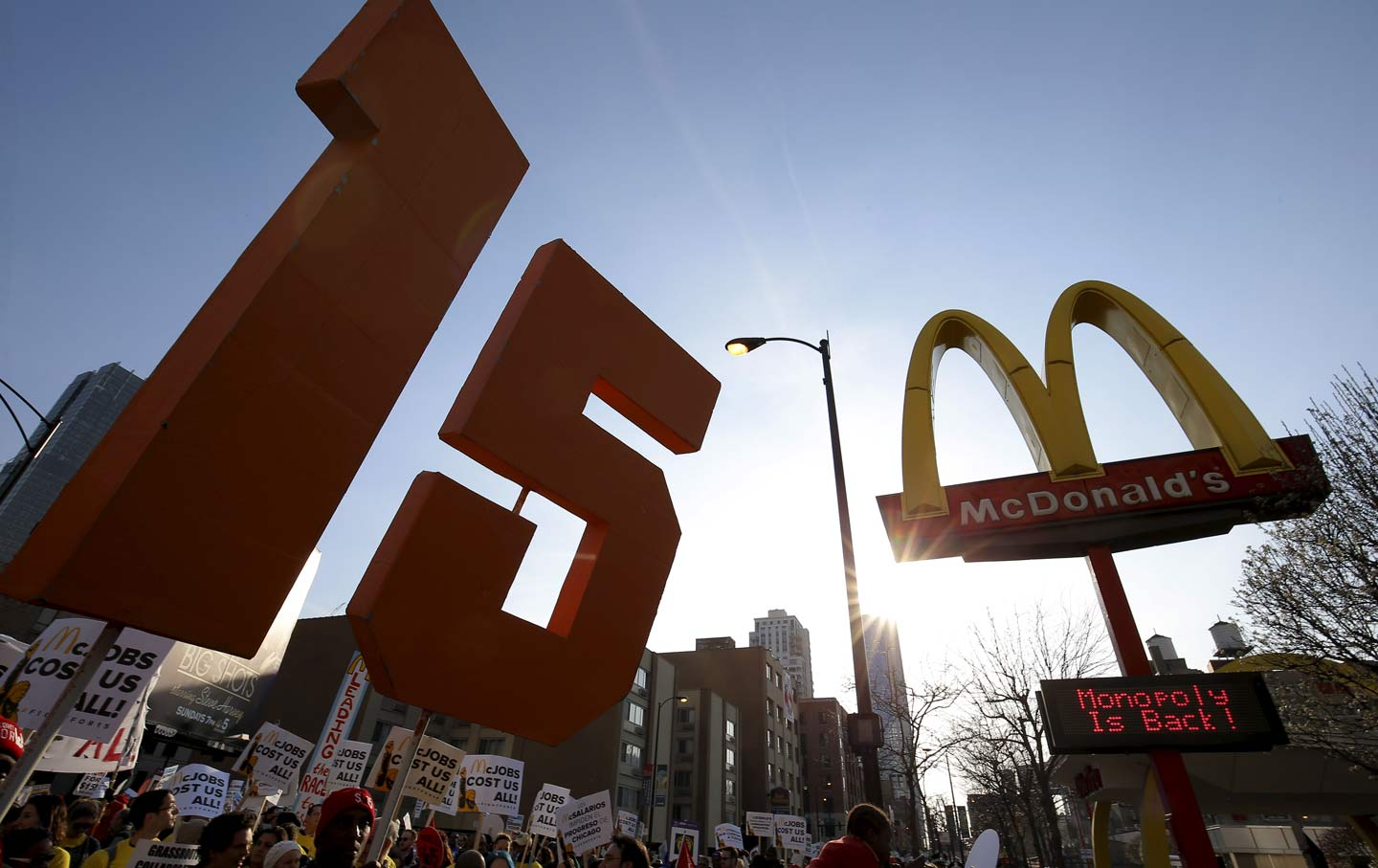15-an-hour minimum wage protest