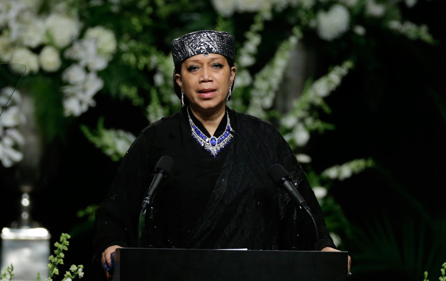 read what malcolm x�s daughter said at muhammad ali�s