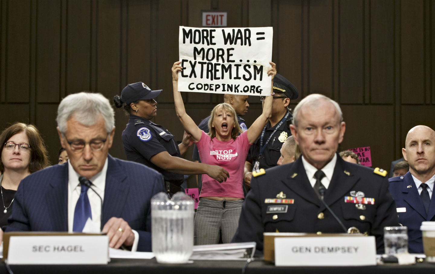 Protest at Syria and Iraq hearing