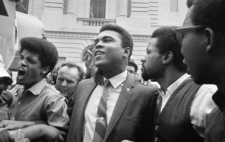 1942-2016, Muhammad Ali Die at 74
