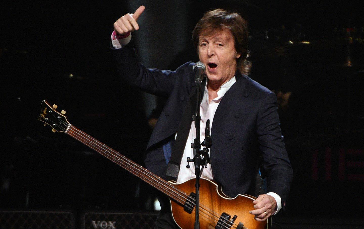 Paul McCartney Performing