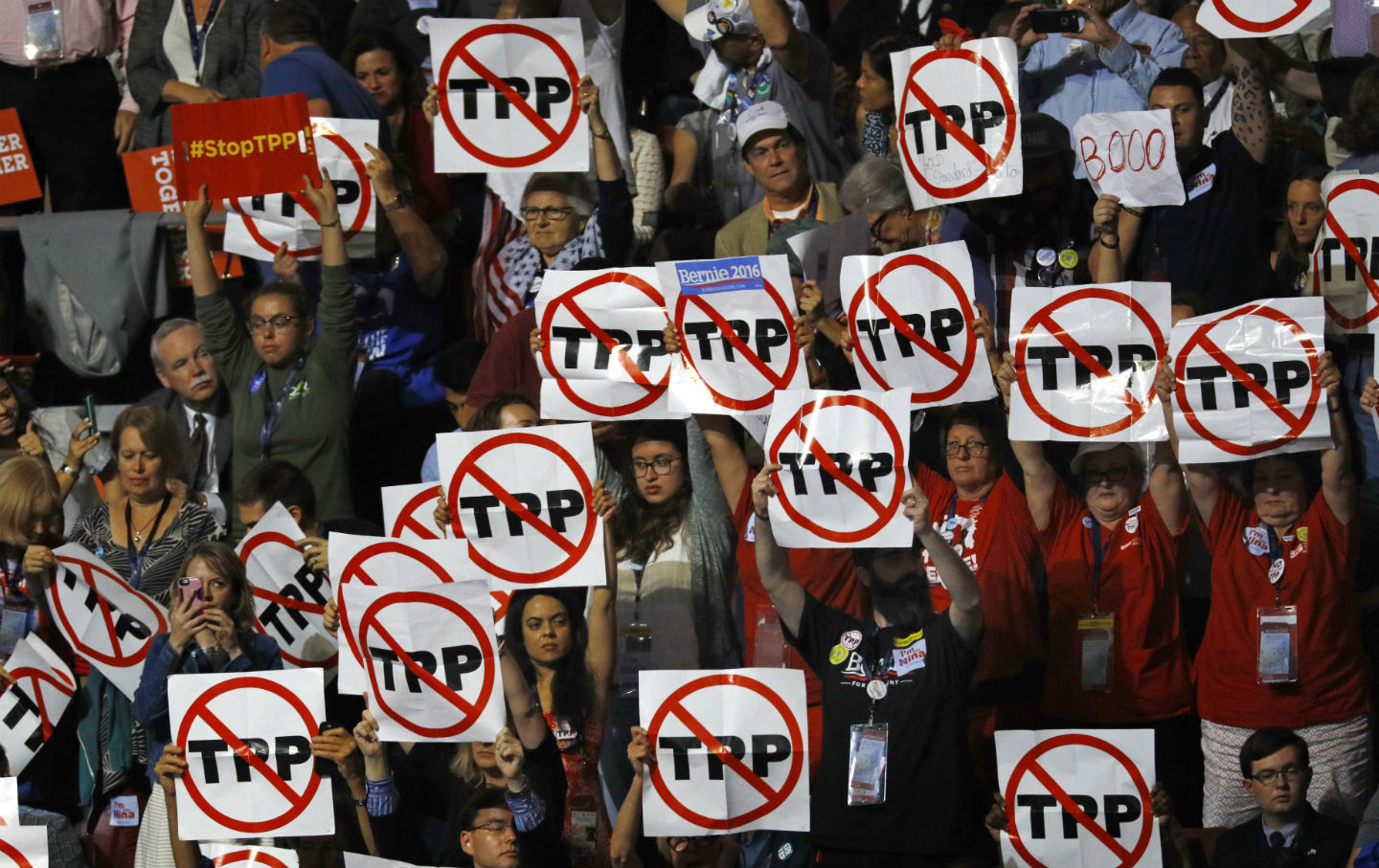 Stop TPP signs