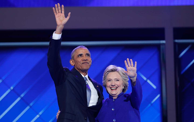 Obama_Hillary_DNC_rtr_img