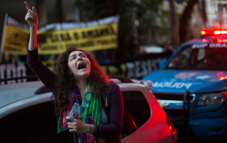 Rio Teacher Protest