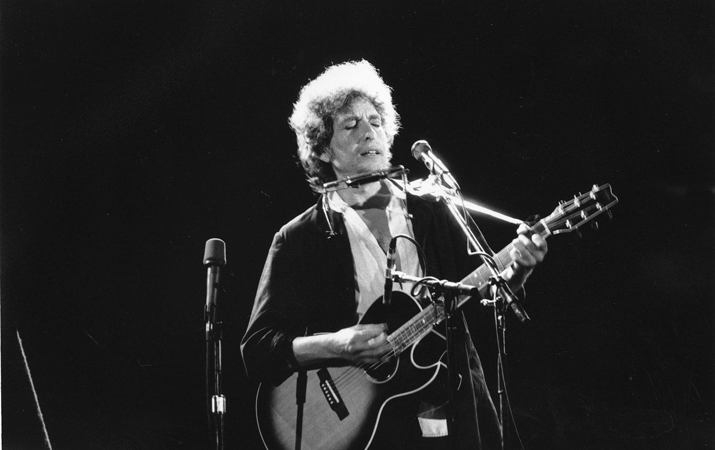 Bob dylan nobel laureate for The dylan