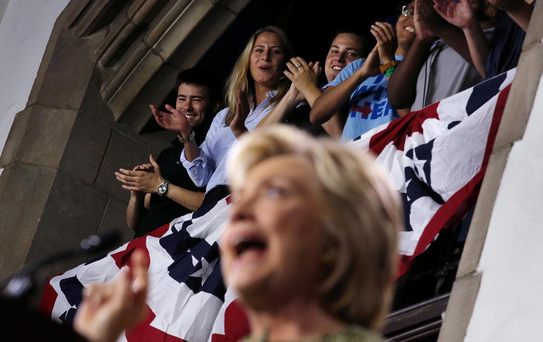 Students_Hillary_Clinton_rtr_img