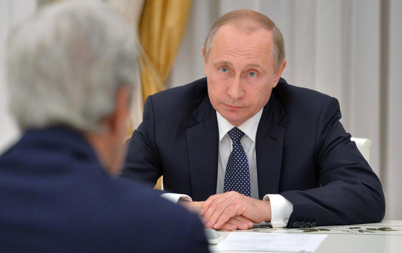 buy popular 538f2 0964a Russian President Vladimir Putin meeting with US Secretary of State John  Kerry in Moscow. (AP Photo   Alexei Druzhinin)