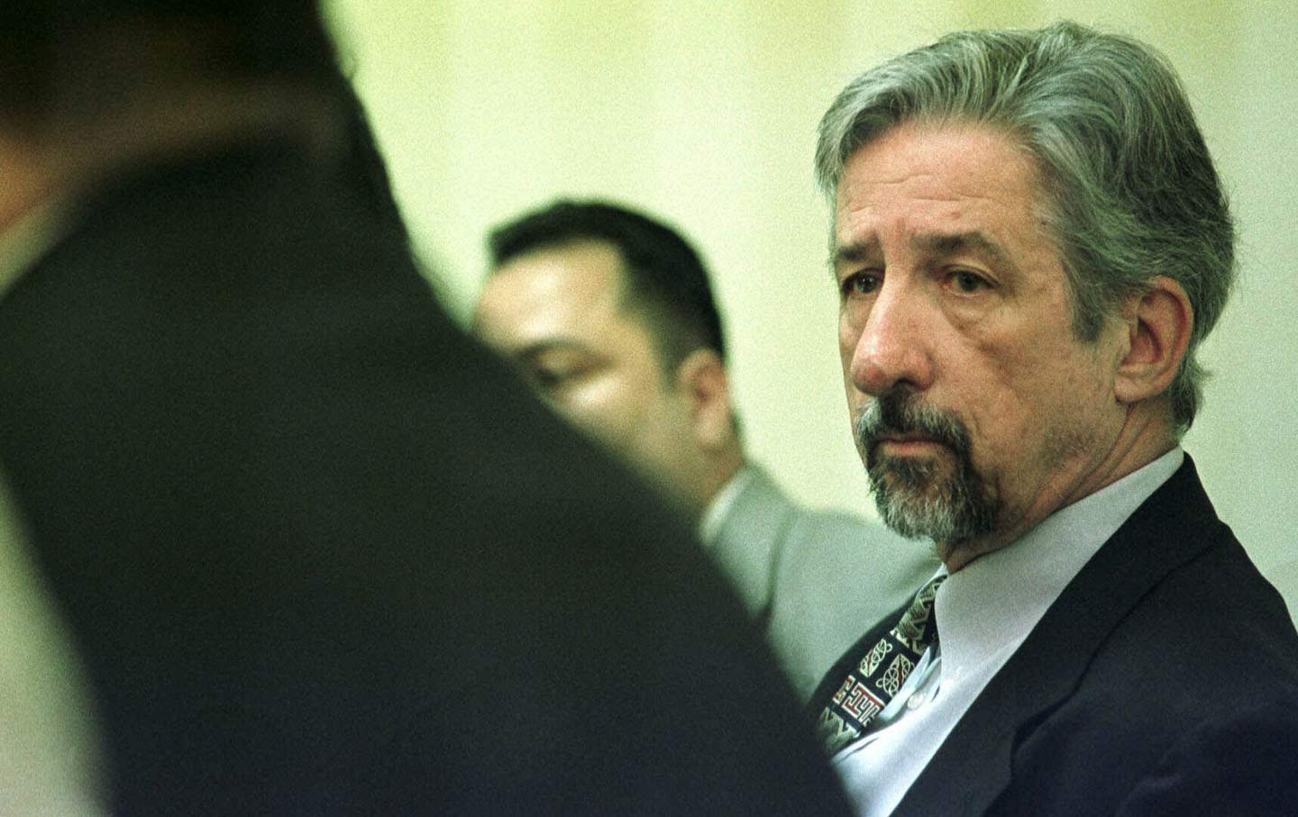 California state senator Tom Hayden and a delegation of Salvadorans who  reside in the US hold a press conference November 1998 in San Salvador 81adc9665a54a