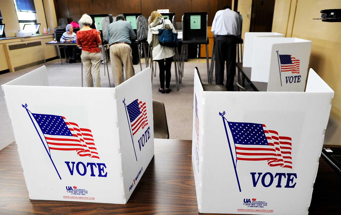 Early_voting_wisconsin_ap_img