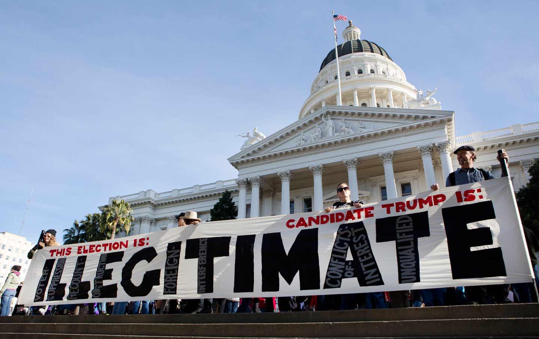 CA_electoral_college_protest_ap_img