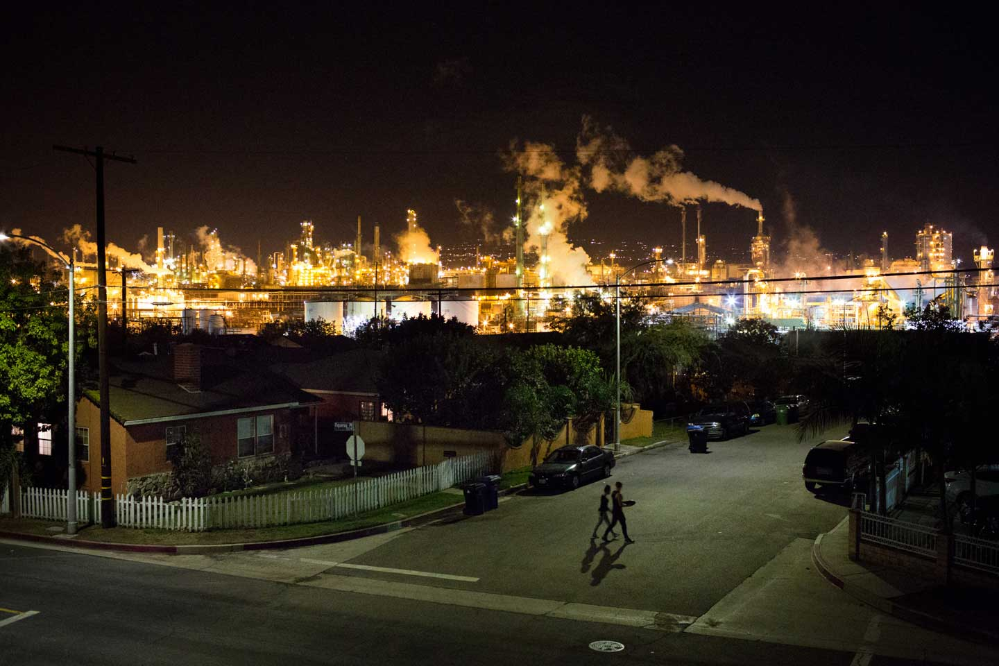 Los Angeles Oil Refinery Fire: Phillips 66 Gas at Risk ...