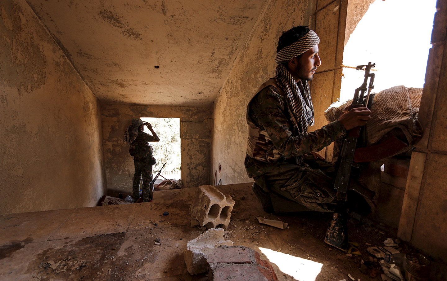 YPG fighter in Hasaka
