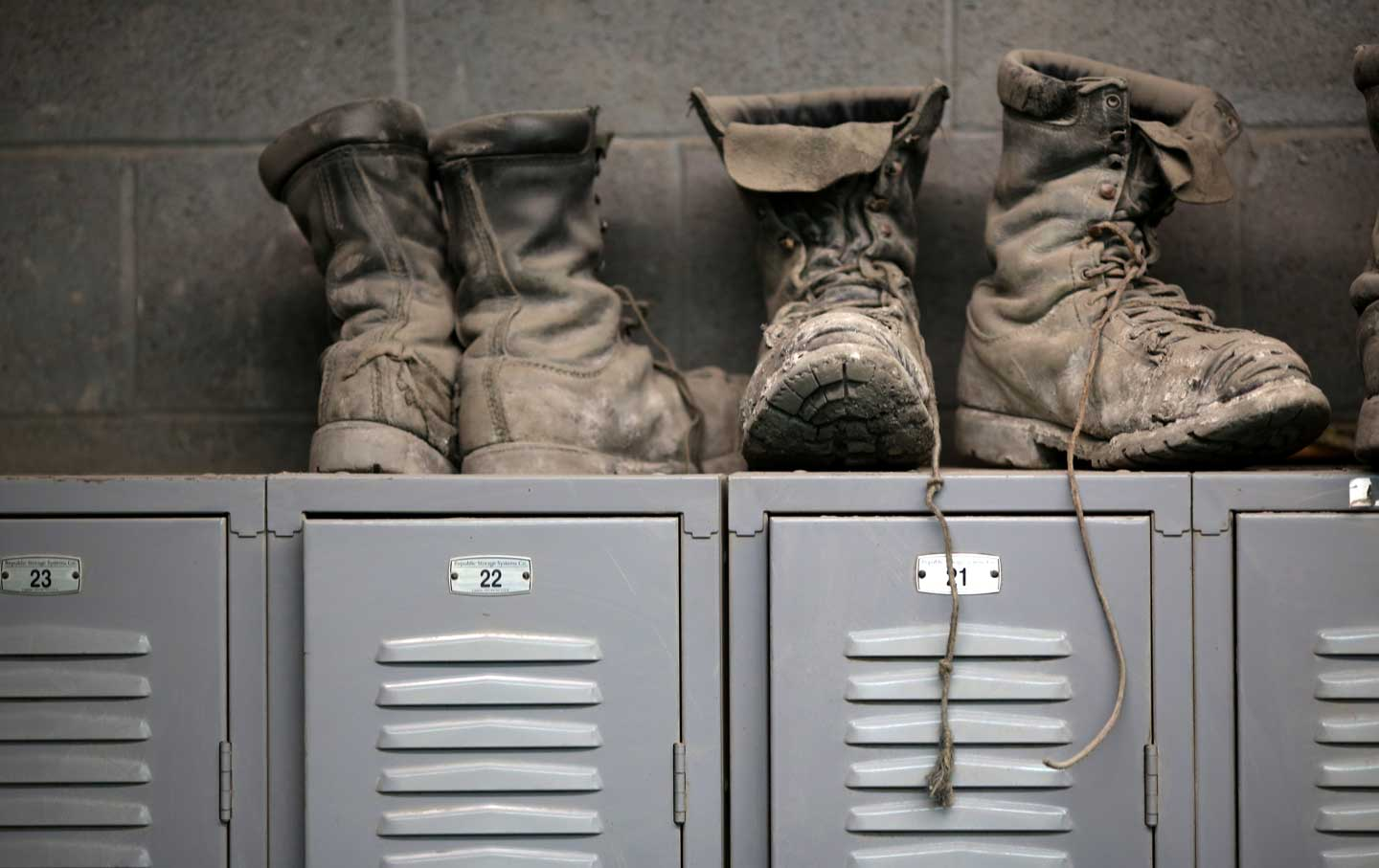 coal_mining_boots_rtr_img