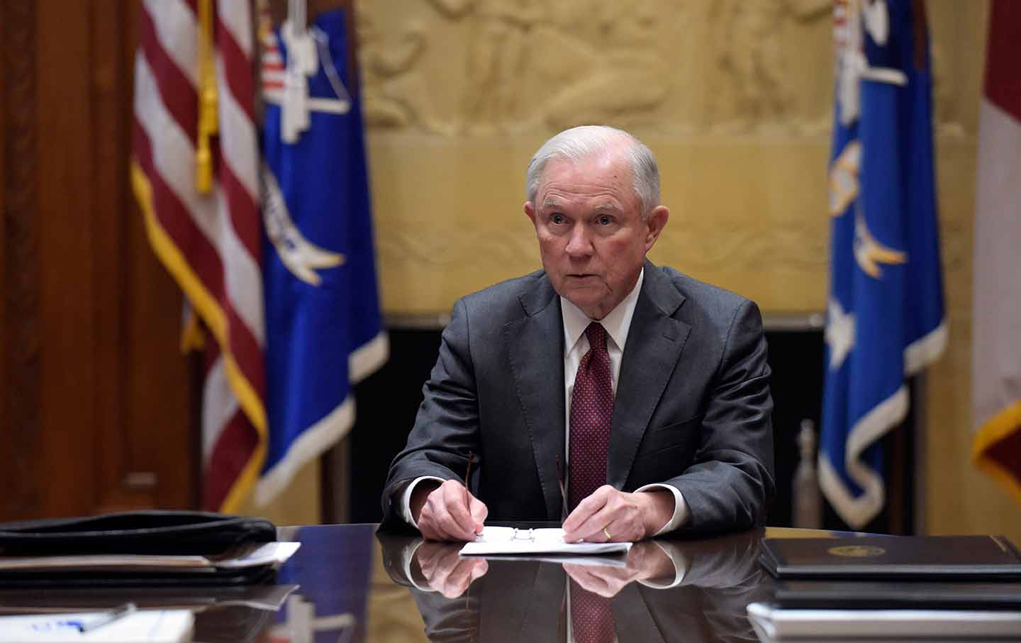 Attorney General Jeff Sessions holds a meeting with the heads of federal law enforcement components. (AP Photo / Susan Walsh, Pool, File)