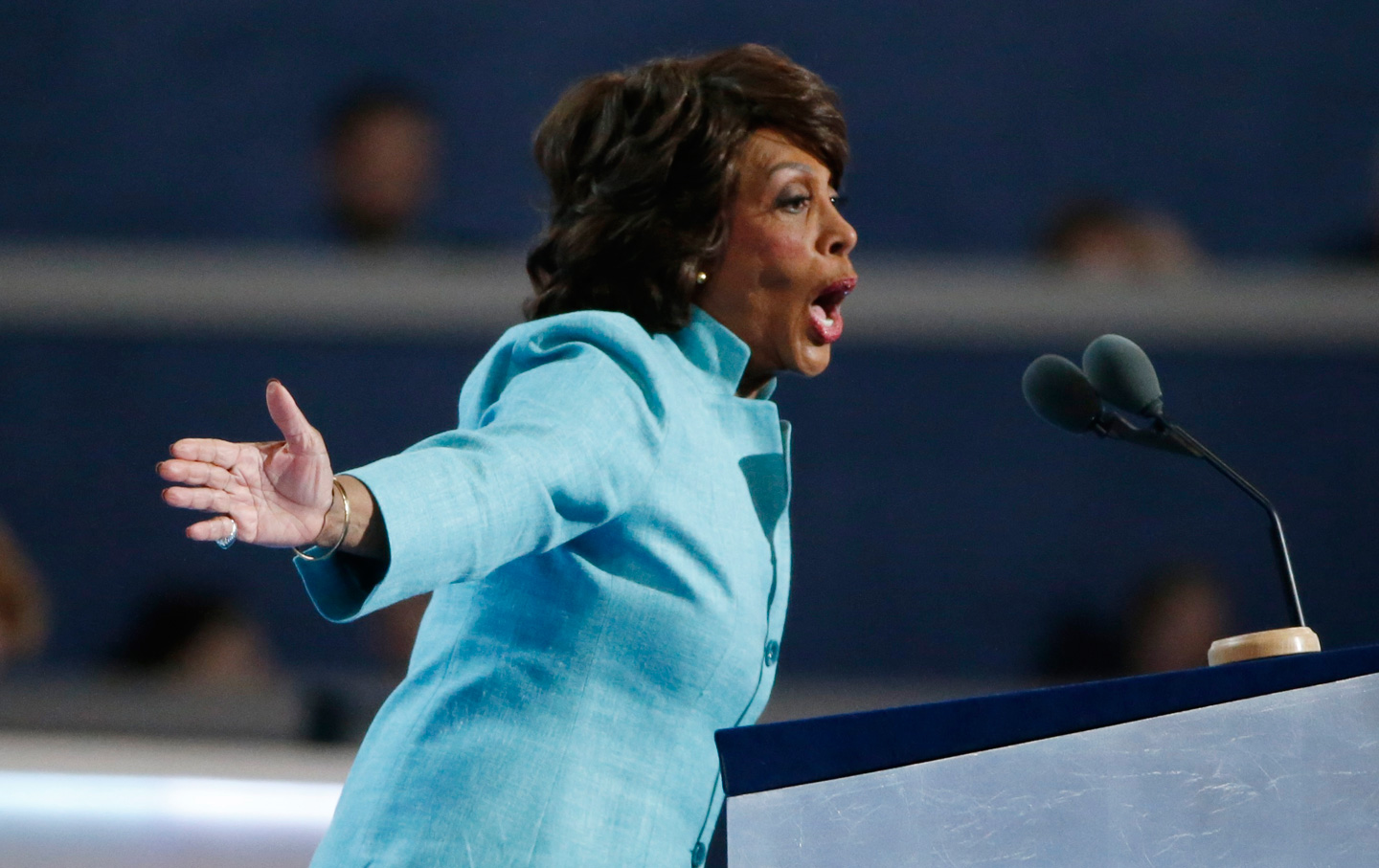 Maxine-Waters-rtr-img