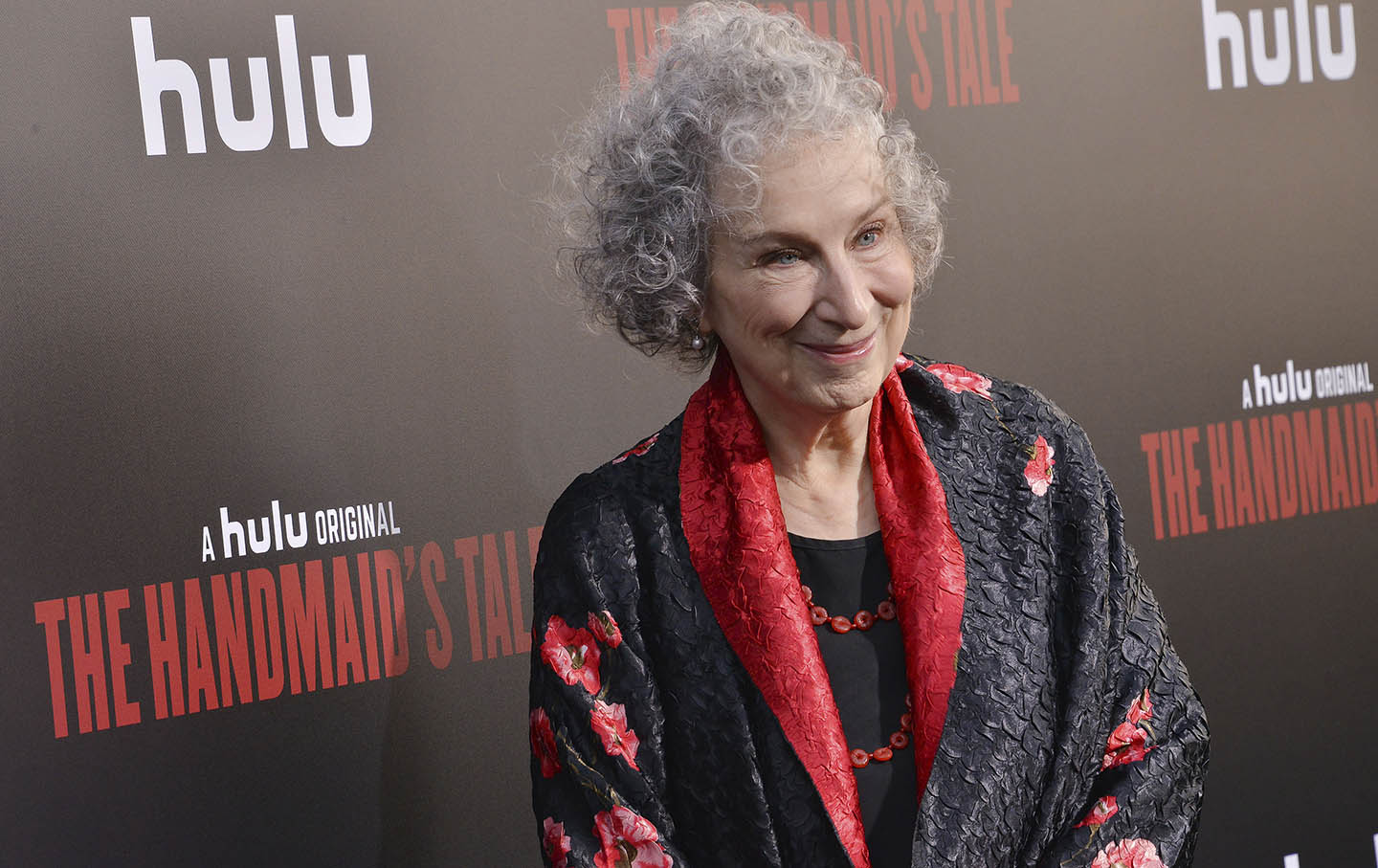 equal rights in the novel the handmaids tale by margaret atwood Margaret atwood wrote the handmaid's tale, a dystopian novel about a society with a plummeting birth rate, in 1984 in the book, a totalitarian american regime strips women of their rights and .