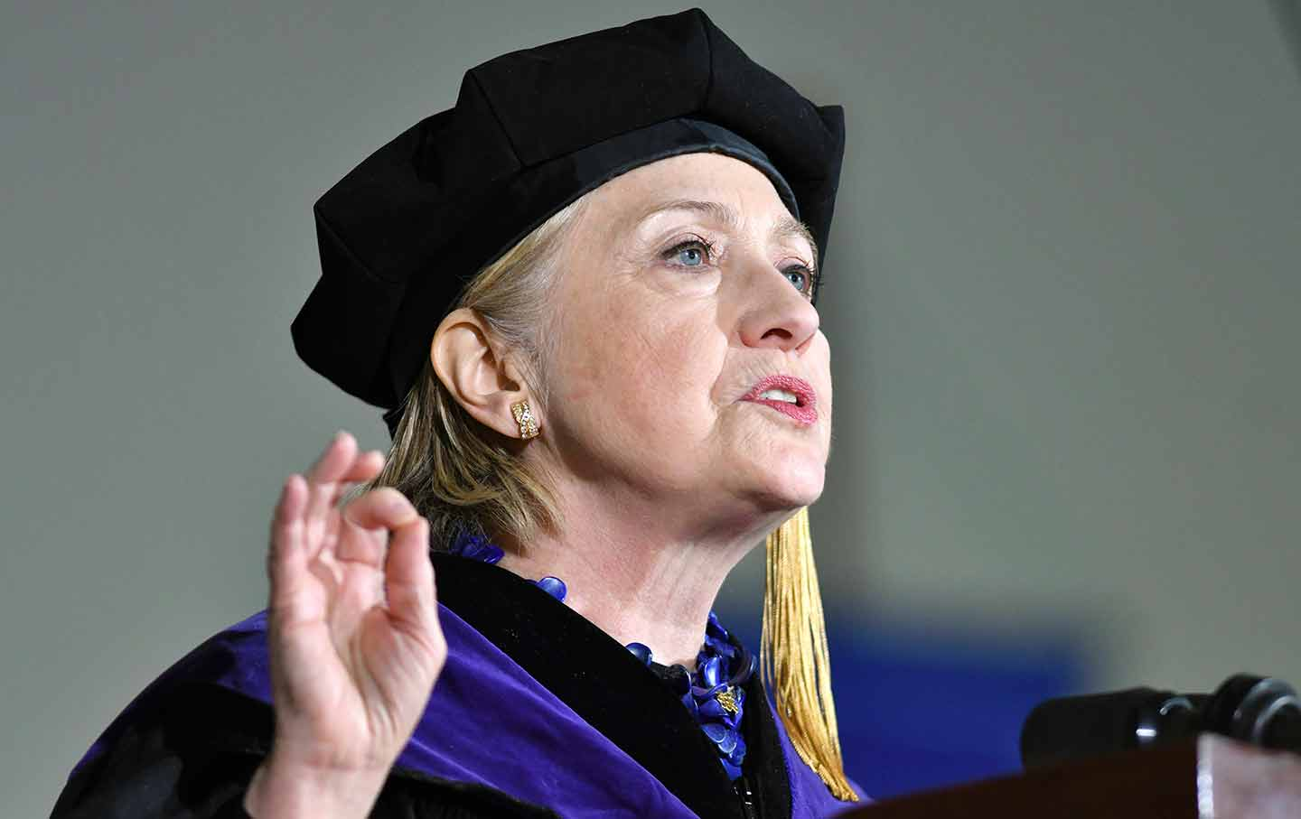 hillary clinton wellesley