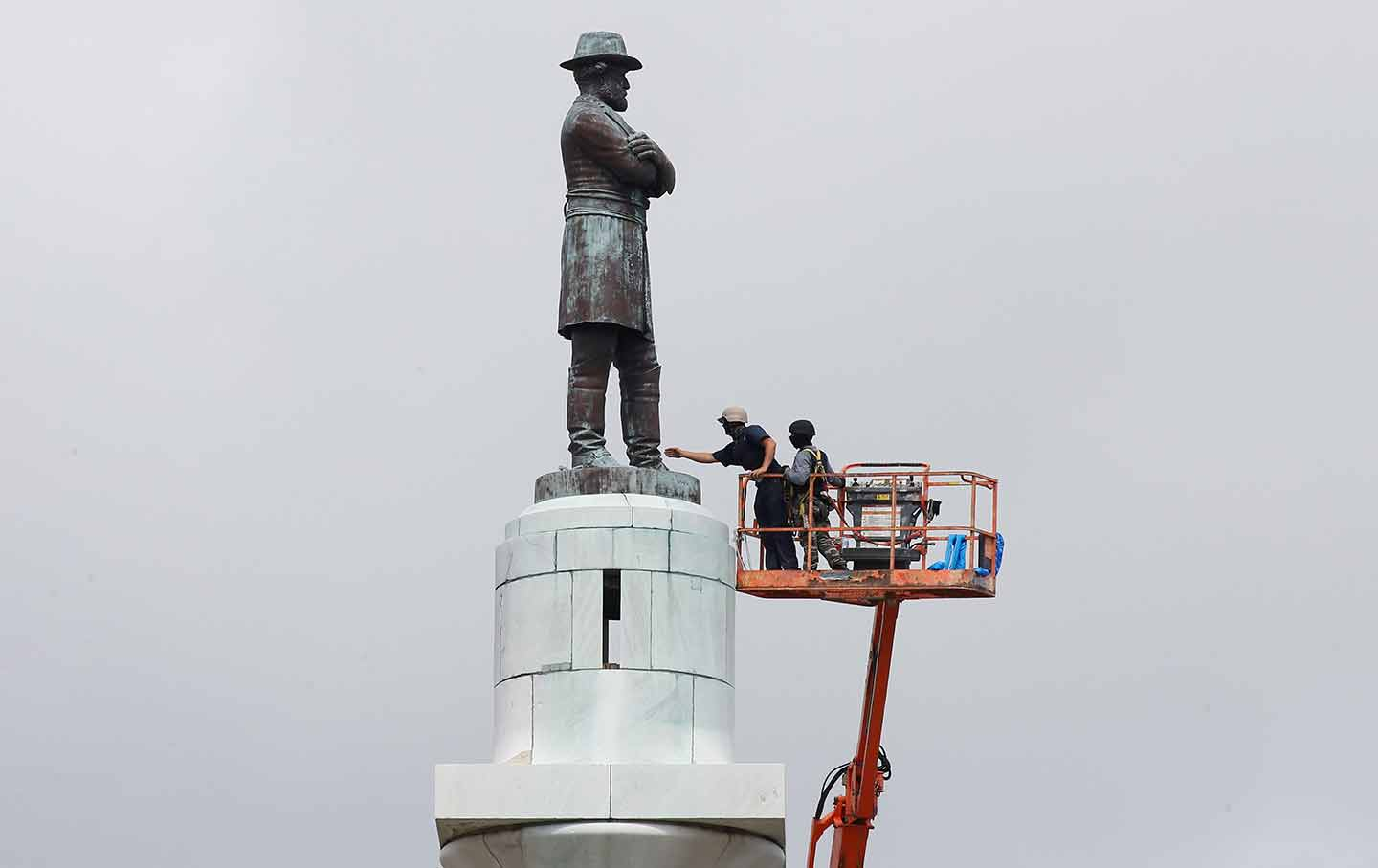 robert e lee removal