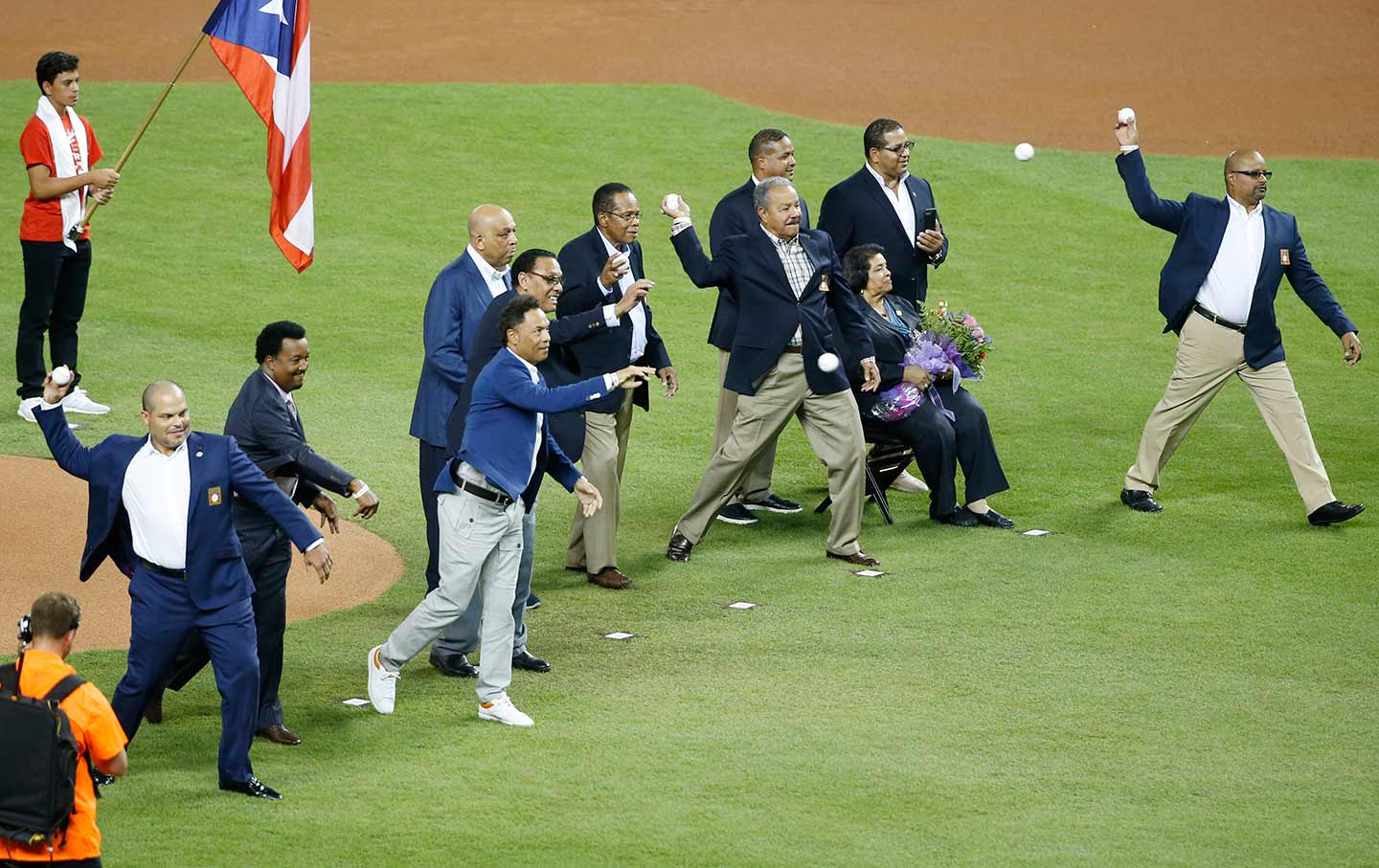 Baseball Hall of Fame players before the MLB baseball All-Star Game in Miami on Tuesday, July 11, 2017.