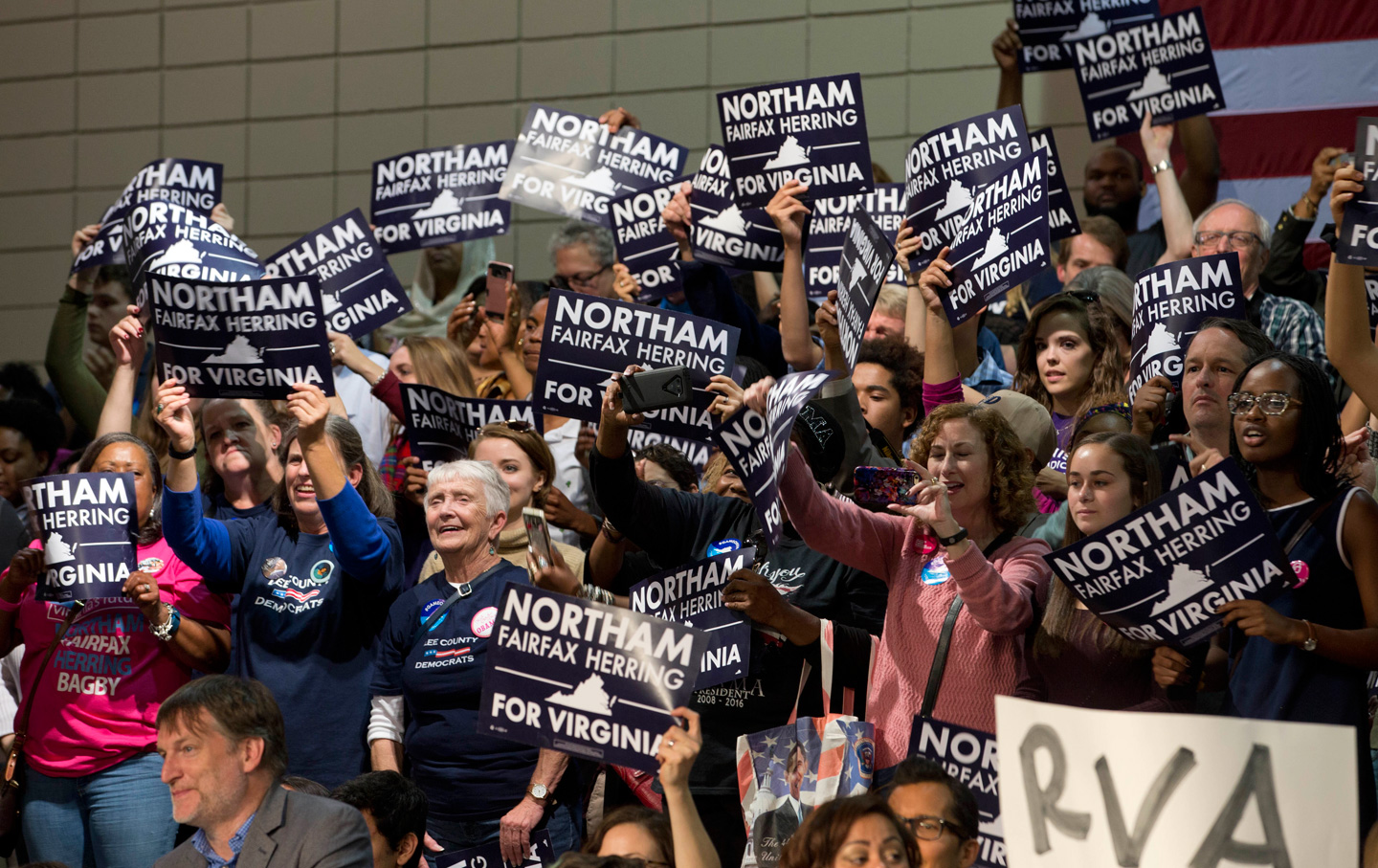 Ralph-Northam-supporters-Virginia-ap-img