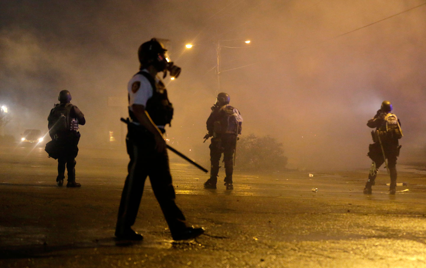 Baltimore police supressing protests against police brutality