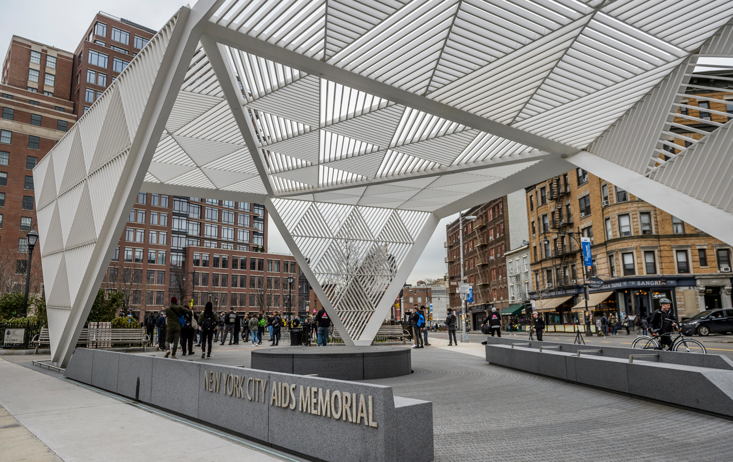 New-York-City-AIDS-Memorial-ap-img