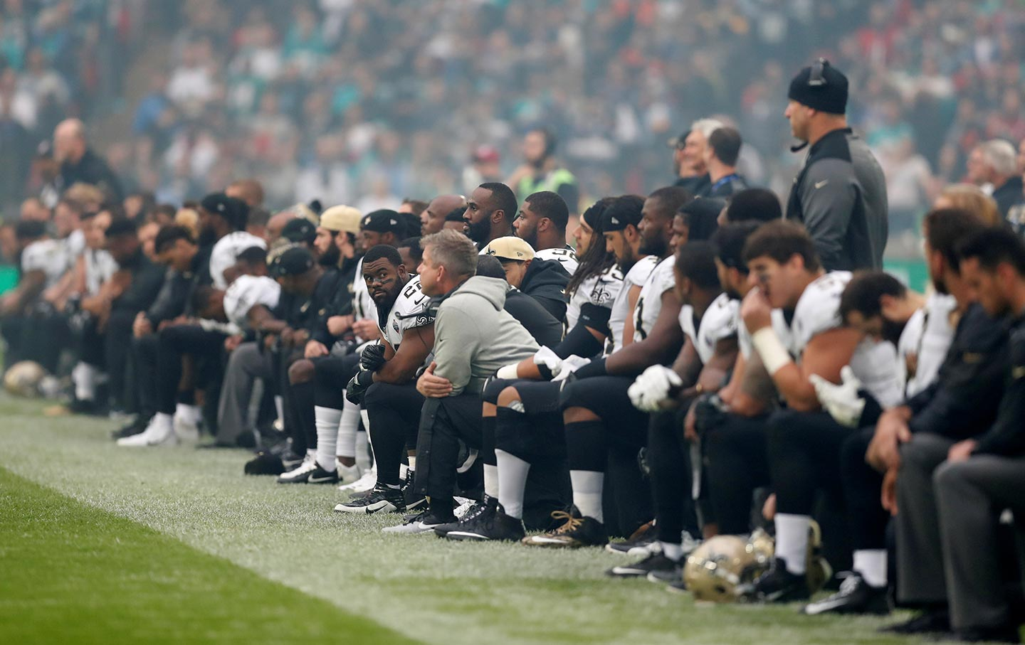 New Orleans Saints players take the knee