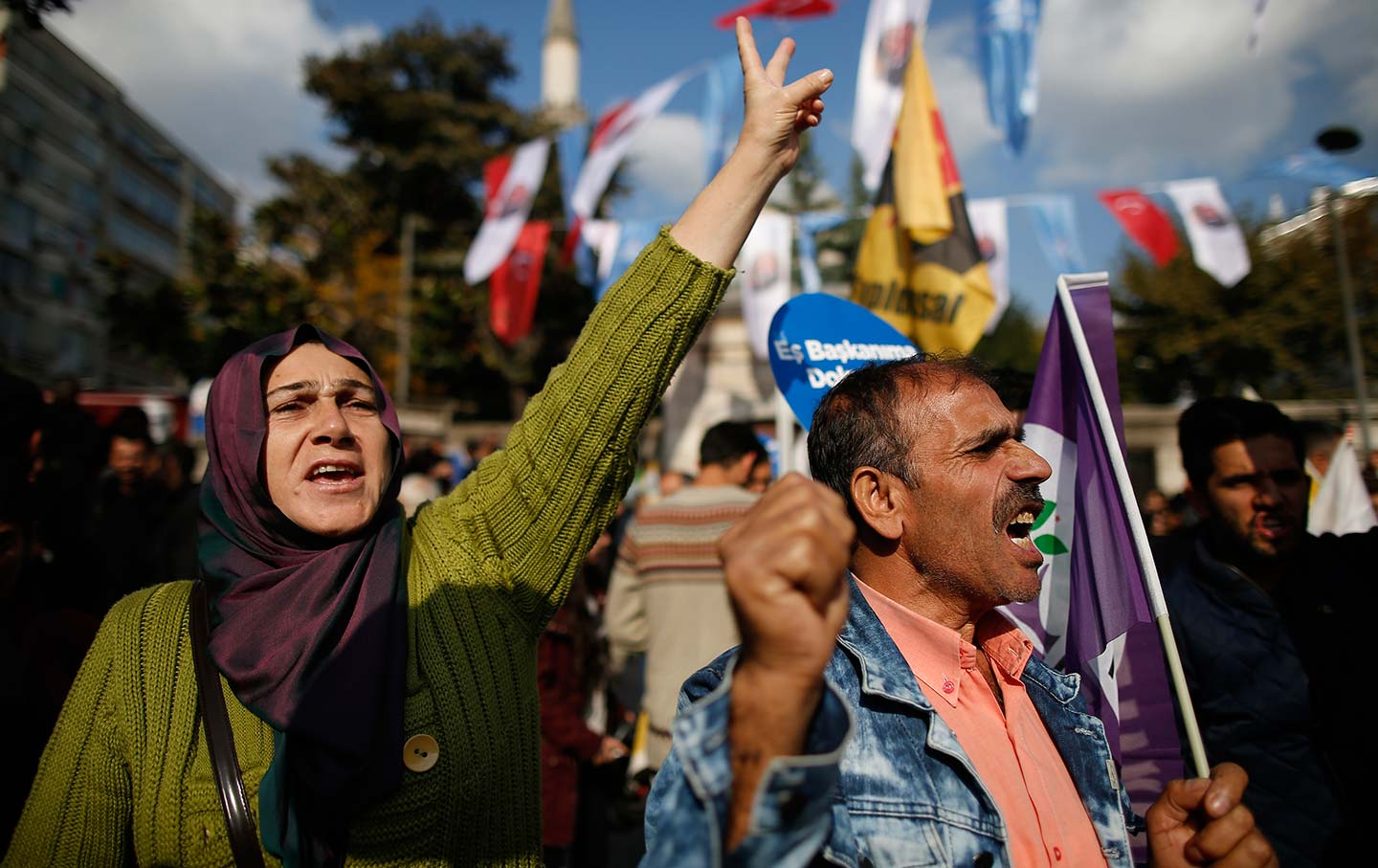 In Turkey, Repression of the Kurdish Language Is Back, With