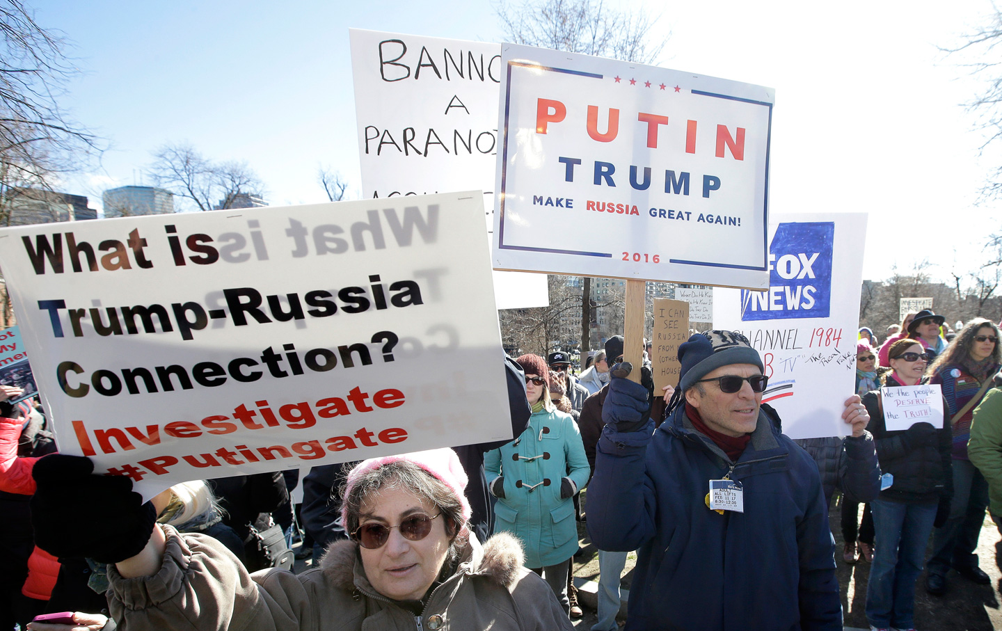 Trump-Russia-Protest-ap-img