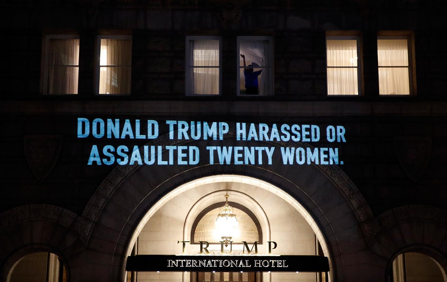 Projection Donald Trump Harrased 20 Women