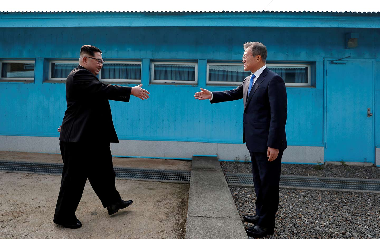 Historic Korean Summit Sets The Table For Peaceand Us Pundits React