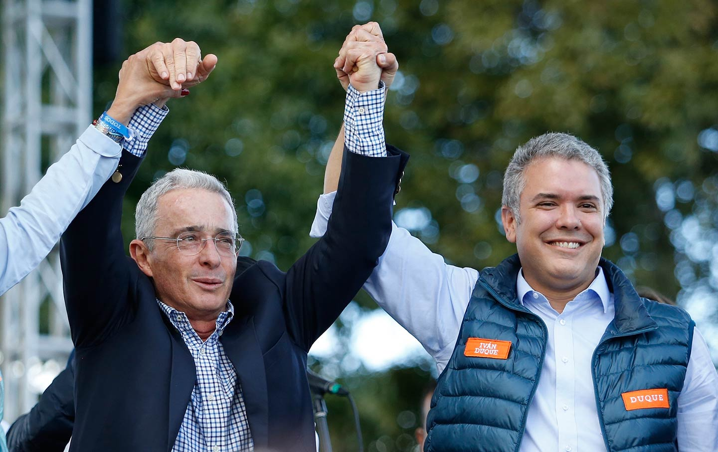 once again the right wing wins in colombia amid divisions on the