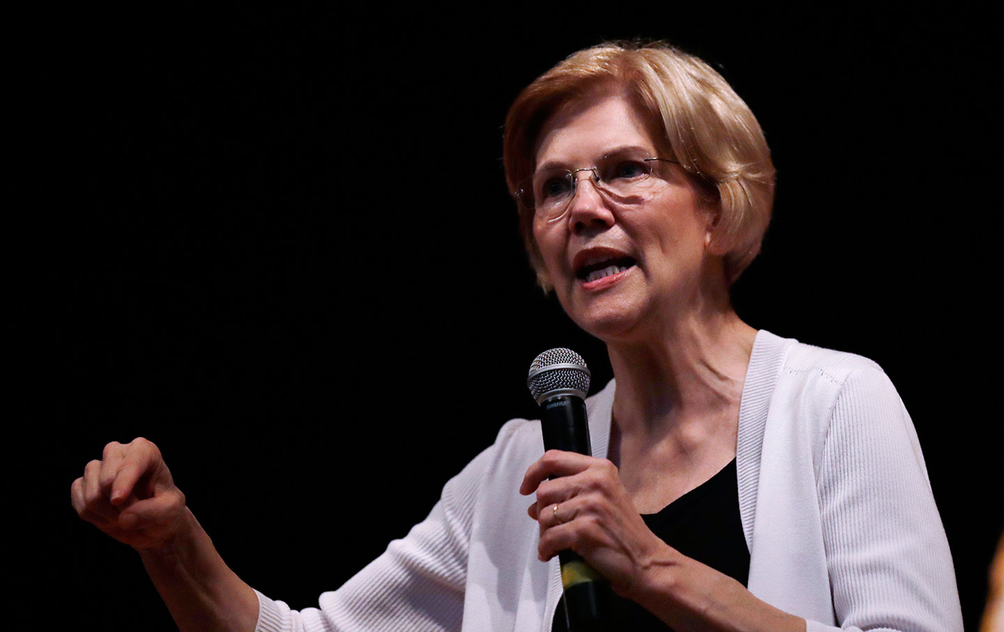 Elizabeth Warren Woburn Town Hall