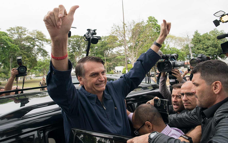 Bolsonaro Press Thumbs Up