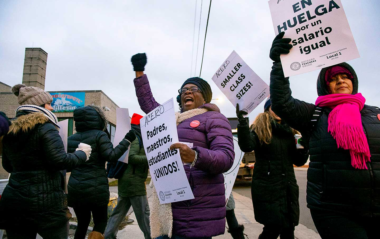 acero-charter-school-strike-chicago-ap-img