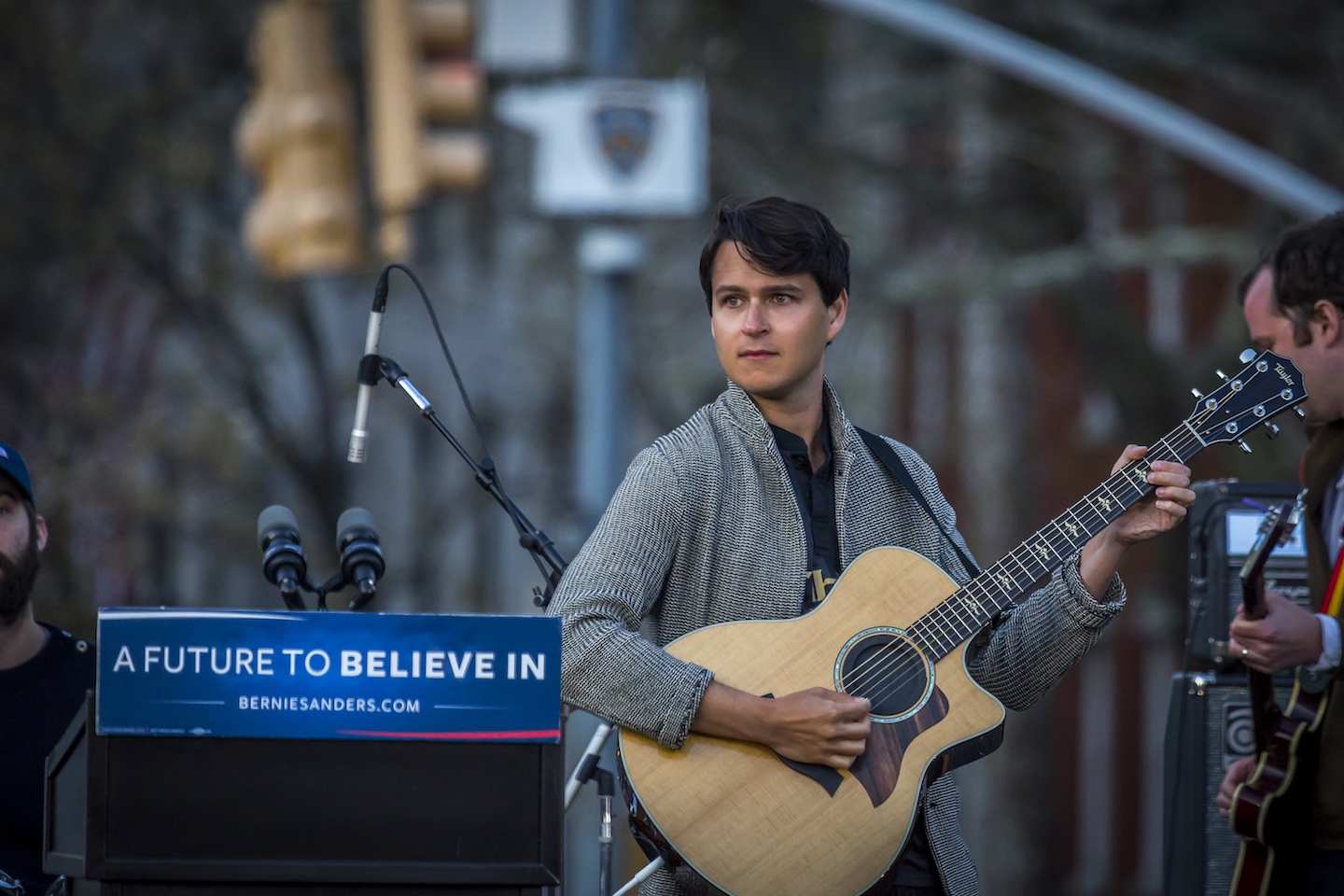 Vampire Weekend kicked off Bernie Sanders' Star-Studded Massive Rally in NYC's Washington Square Park. An estimated 27k flooded the iconic park and adjoining streets. Special Guests included: Vampire Weekend, Rosario Dawson, Spike Lee, Shailene Woodley, Linda Sarsour and Tim Robbins. Sanders goes up against Hillary Clinton in the hotly contested New York primary on April 19, 2016 (Photo by Michael Nigro / Pacific Press) *** Please Use Credit from Credit Field ***