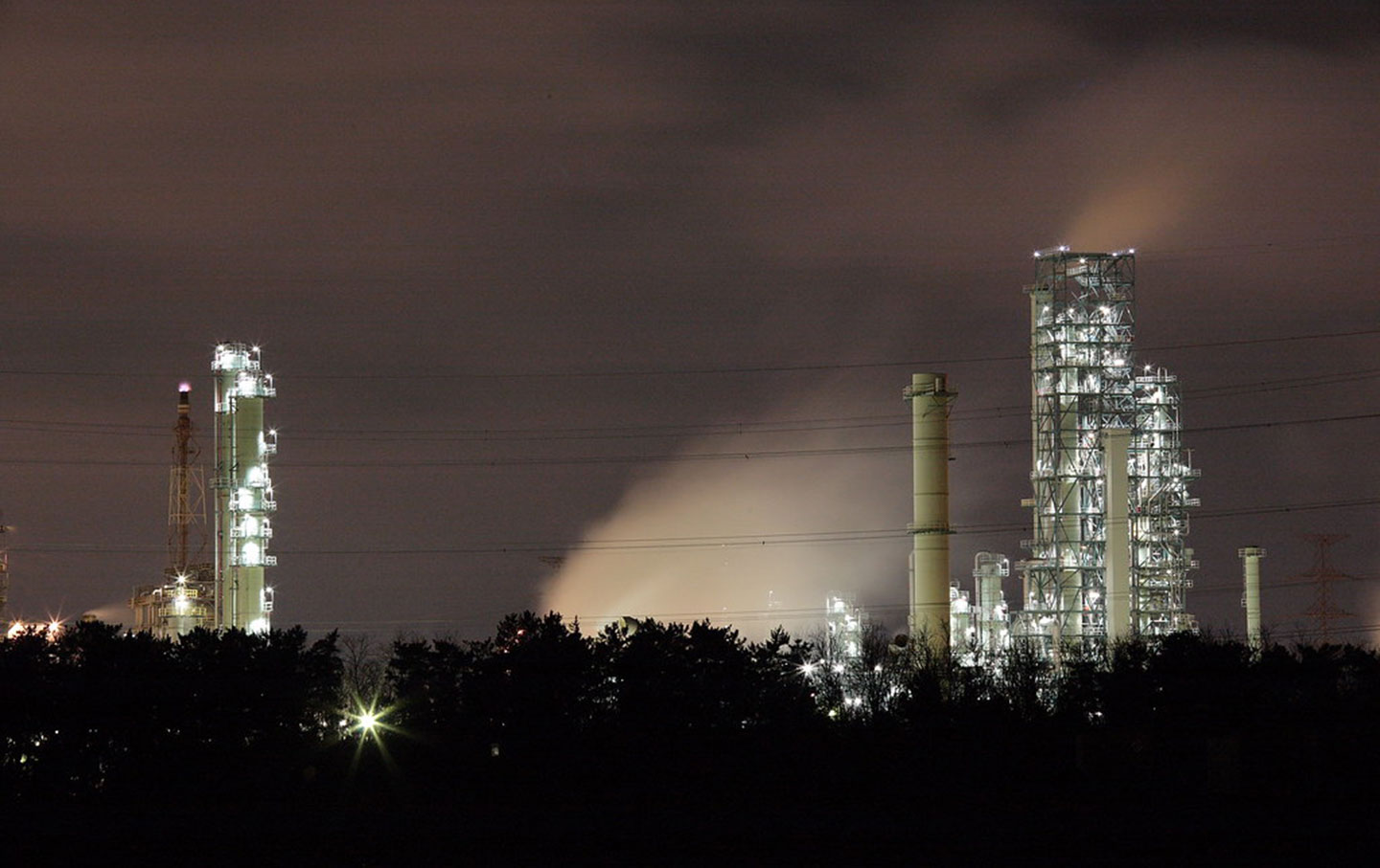 power-plant-nighttime-cc-img